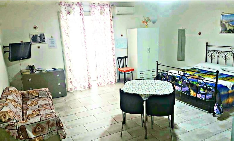 Central Comfortable Apartment-WIFI-Great Position
