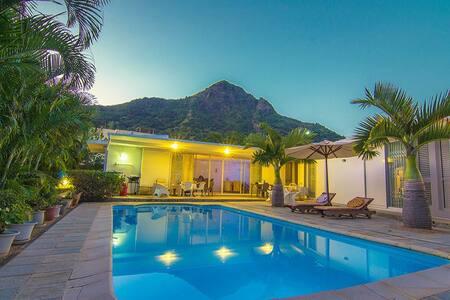 Palm Villa - La Gaulette