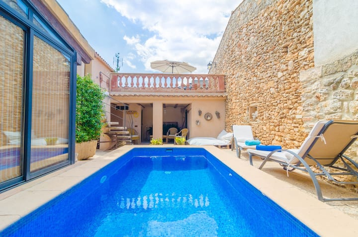 CA NA MISSA 8 - Great townhouse, with an additional apartment and private pool in Llubí. Free WiFi