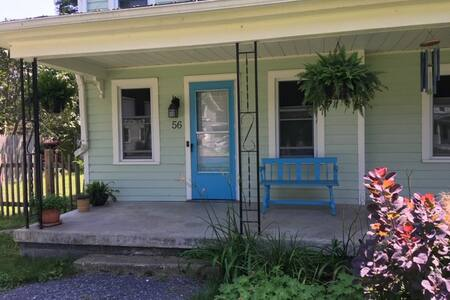 Private 2-BR House in Trumansburg Village