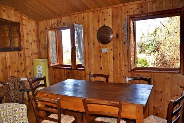 Casa nei boschi della Val Bormida