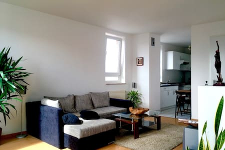 Chill out place in the East Side - Berlin - Apartament