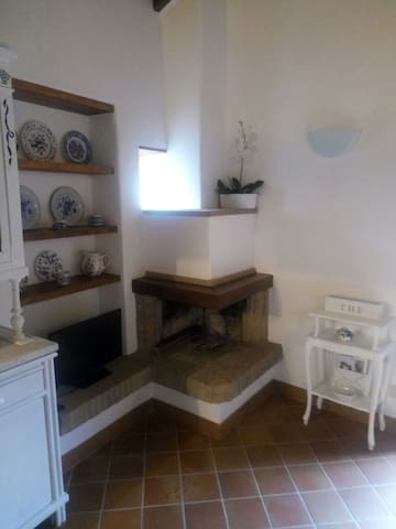 The warm atmosphere of Trevignano - Trevignano Romano - Apartment