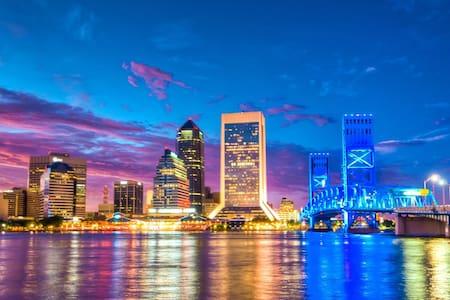 Flora Parke - Jacksonville