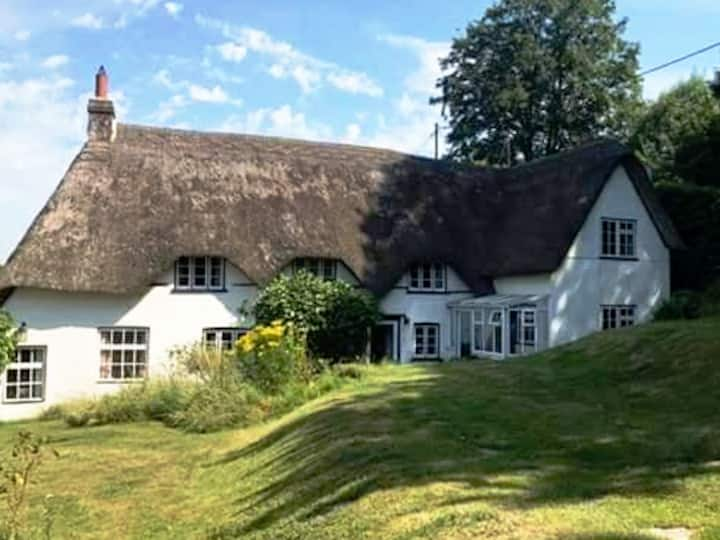 Merlewood Cottage, private guest accommodation
