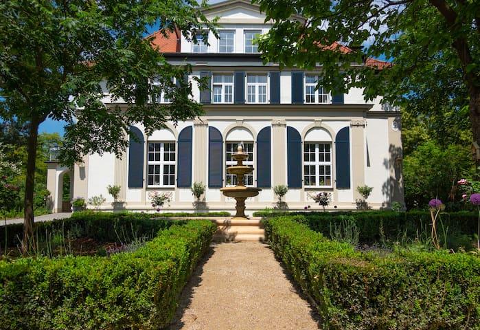 "Villa Golding - Flat 1 ""Bentz"" with balcony"