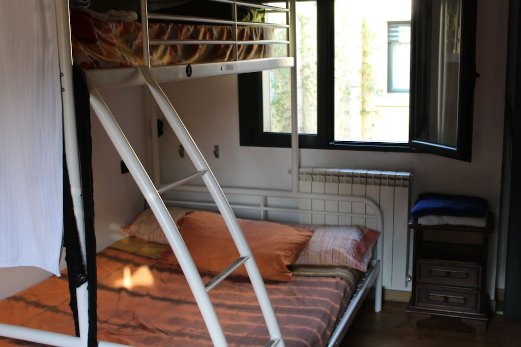 The bed avaible (the big one)