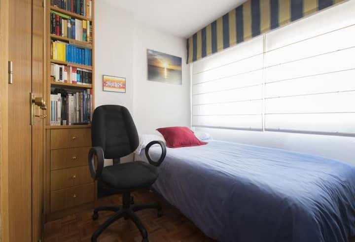 Habitación individual en casa linda