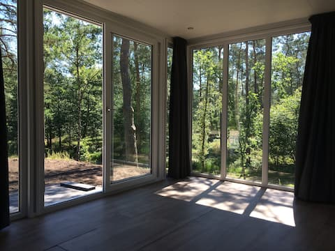 Bosbungalow 11 Veluwe incl. 2 ebike's, 6 pers