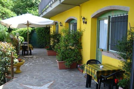 """Appartamento nel verde """" LILLO"""" - Vezzano Ligure"""