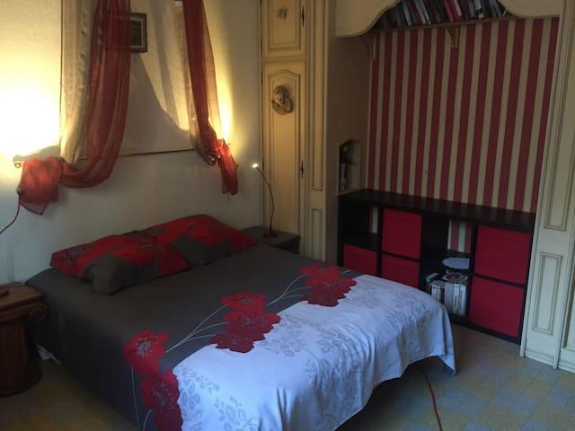 1 CHAMBRE 15 m²