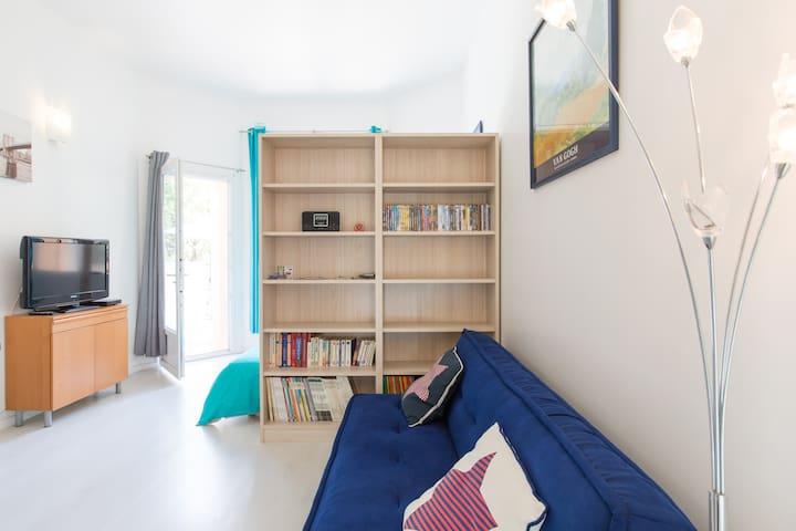 30 m2 dans une villa avec terrasse - Toulon - Apartment