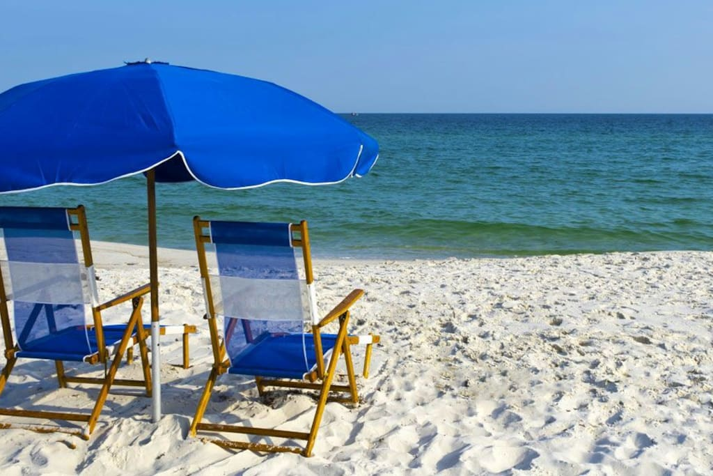 Breathtaking Gulf Shores only 15-20 minutes away!!!