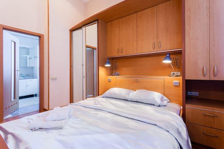 Maidan Block European Designed Apartment