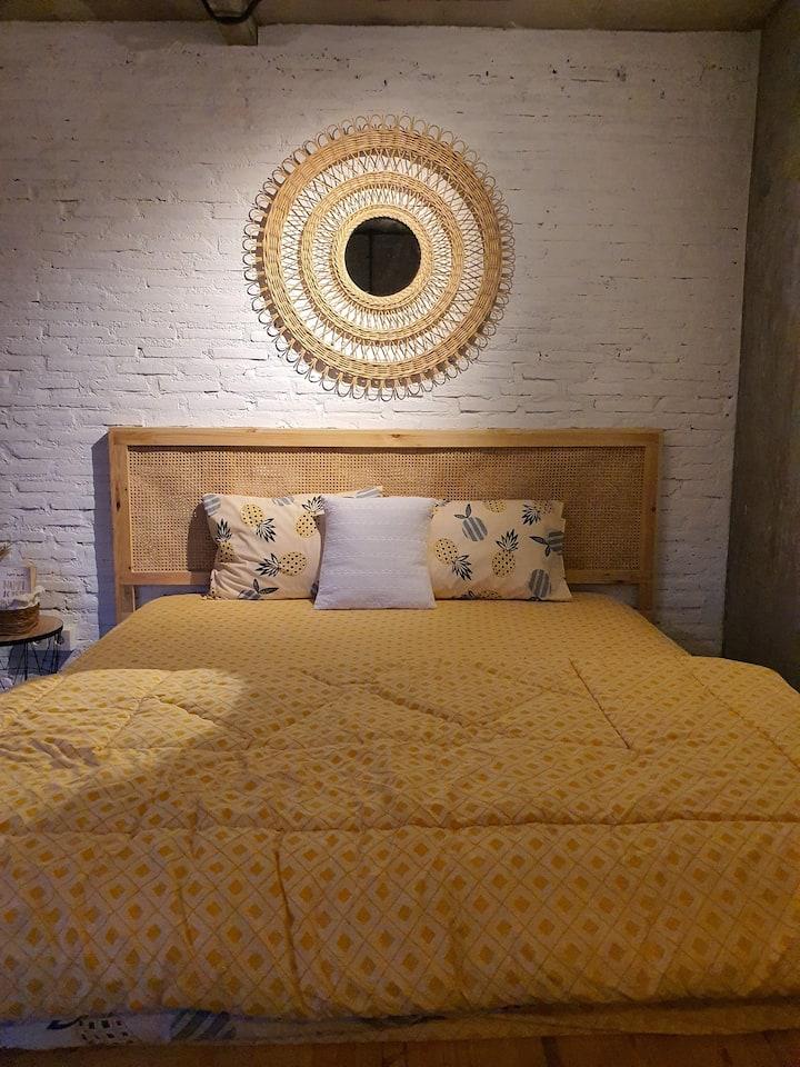 Mbanya Room | 1 kamar di SendjaPagi Homestay
