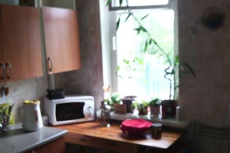Сдам посуточно жилье рядом с г.Санкт-Петербург - Nikolskoye - Appartement