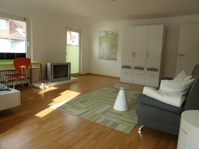 City/List - New 1-rm-aptm 5 min Hbf - Hanover - Flat
