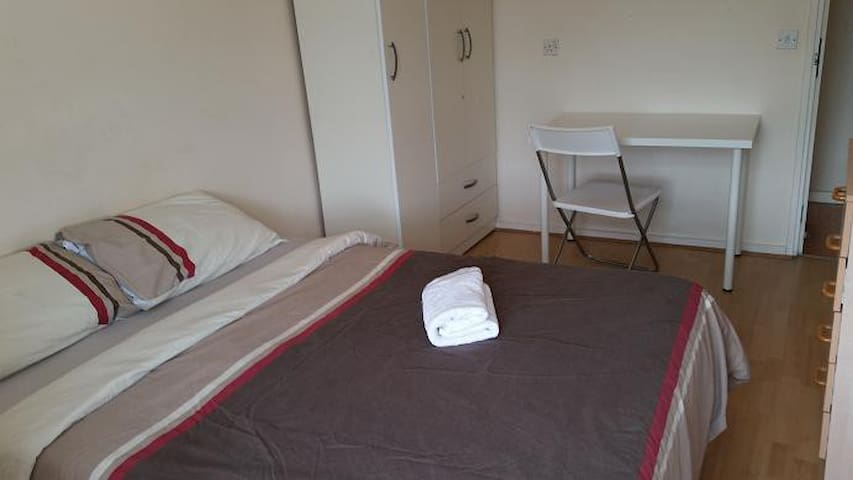 Y Double Room/Vauxhall/Central London
