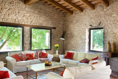 Spacious house in 18th century farmhouse - Province of Girona
