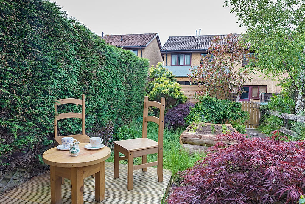 Beautiful Garden with a Patio perfect for a morning coffee