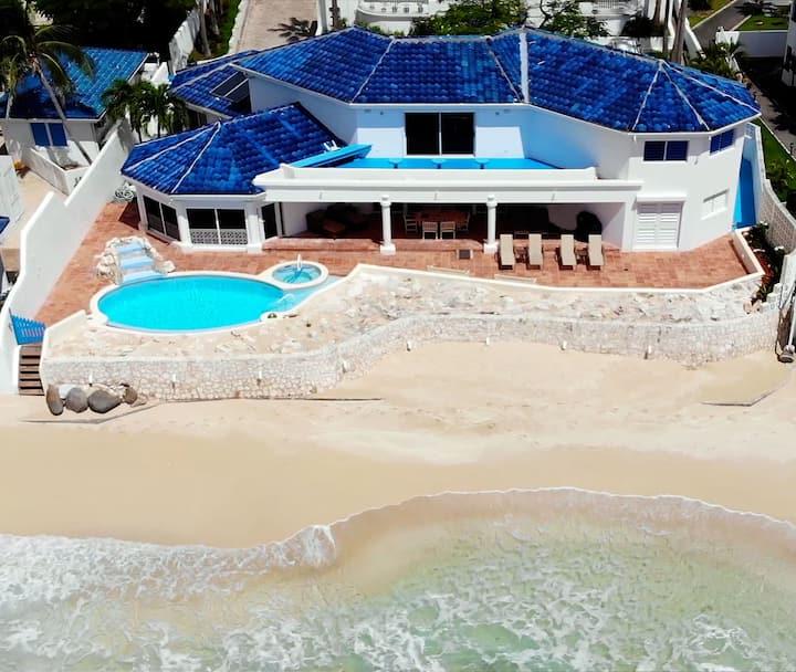 Beachfront • Laid-back luxury in Pelican Key