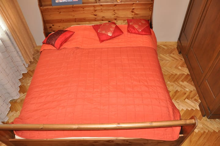 Queen size bed in double room