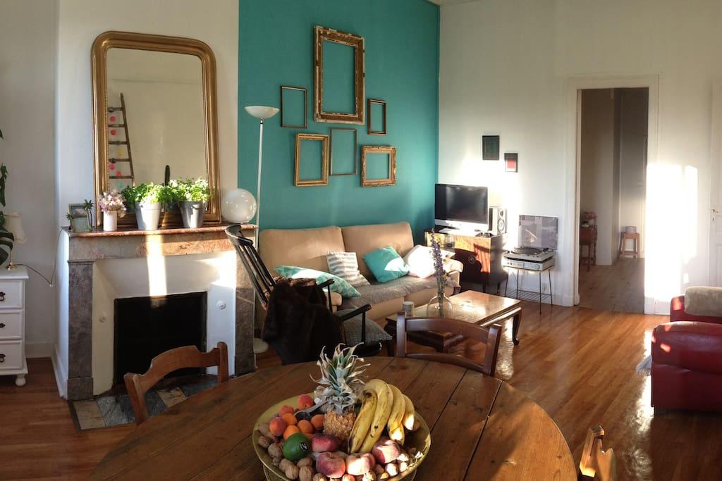 Joli t2 avec jardin centre bordeaux bordeaux for Appartement bordeaux 70m2