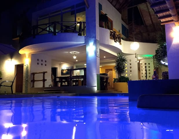 Villa Caracolas, Pie de la Cuesta - Acapulco - Dom