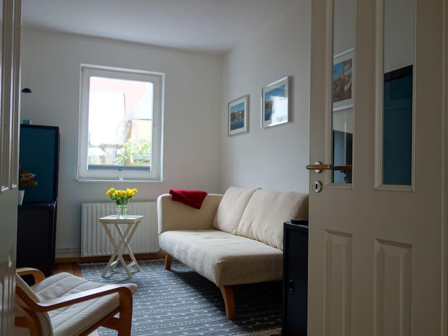 Gemütliches  Wohnzimmer mit Südausrichtung