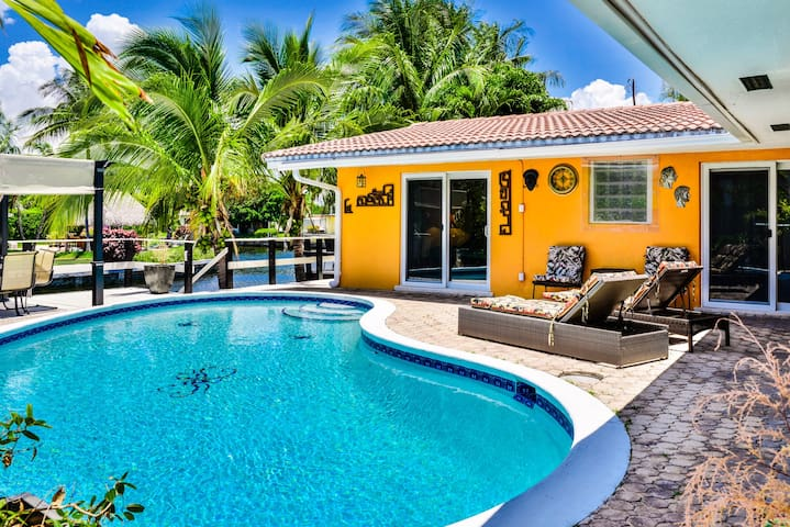 LUXURY VILLA:CANAL+HEATED SALT POOL - Pompano Beach - Villa