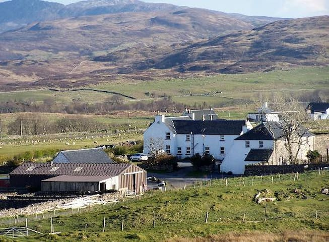 Farmhouse bed and breakfast, Islay - Port Askaig