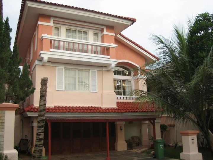 Bogor Sentul City house with pool