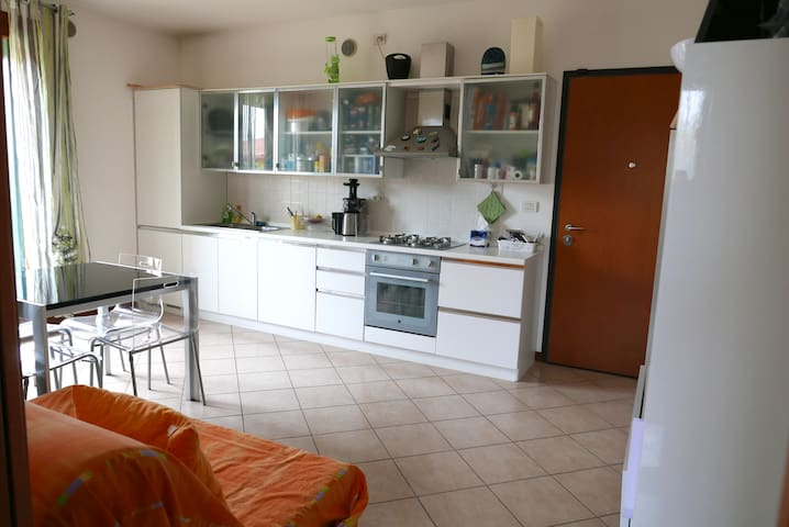 Apartment clean and bright near Venice and Treviso - Mogliano Veneto - Daire
