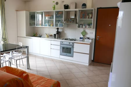 Apartment clean and bright near Venice and Treviso - Mogliano Veneto - Apartment