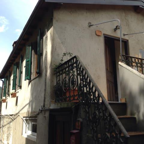 Casa con vista ad Apricale - Apricale - Apartament
