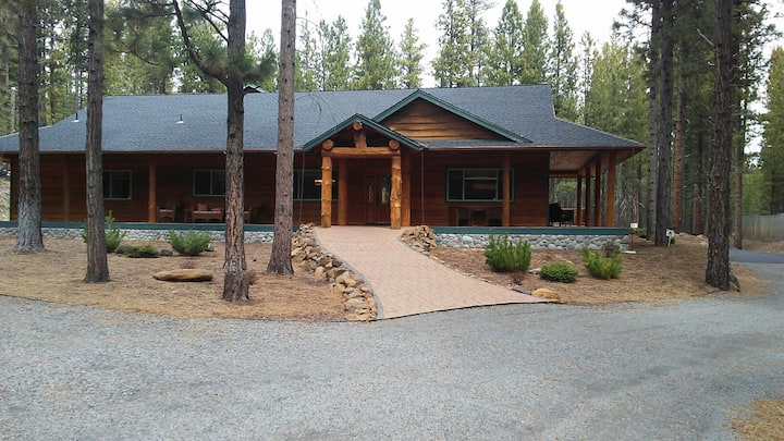 Beautiful Home Bordering Forest with River Access