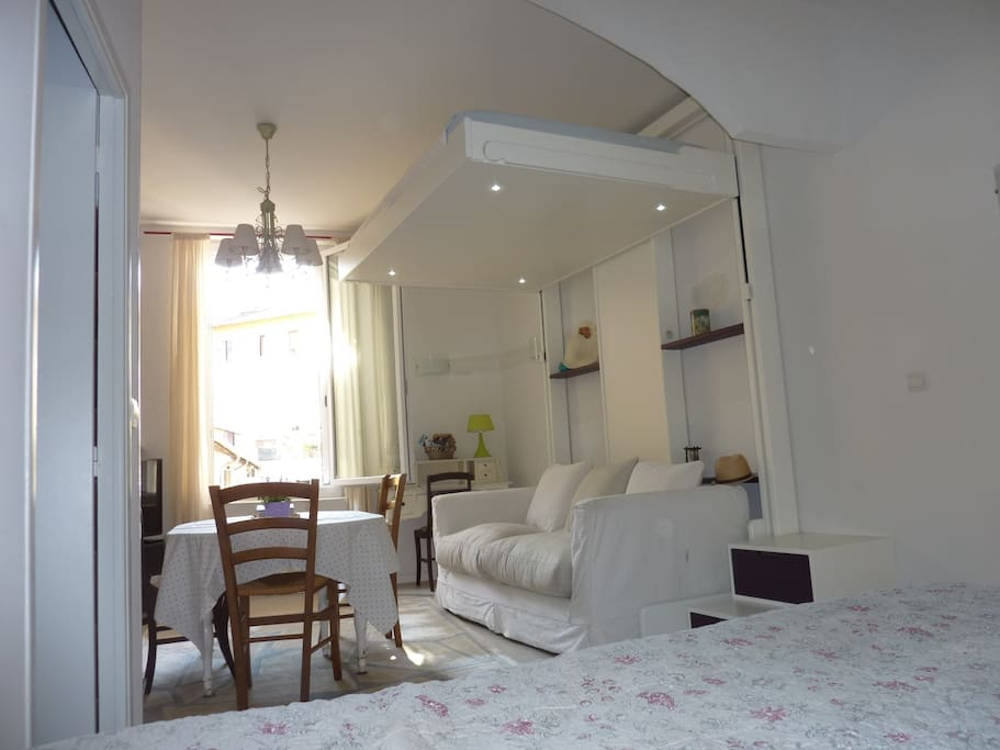 Studio nice port with free parking apartments for rent - Parking port nice ...