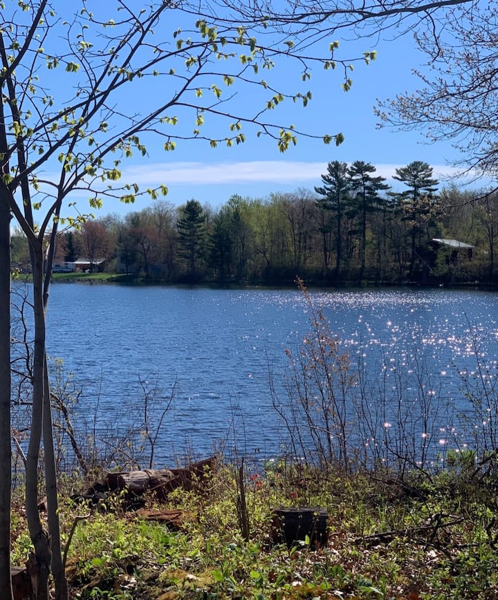 Campsite with Waterfront access Captive Lake