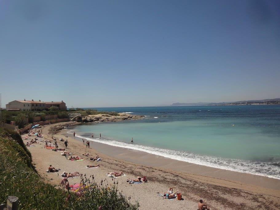 Cozy Beach Studio Cote D Azur Apartments For Rent In Six Fours Les Plages Provence Alpes C 244 Te