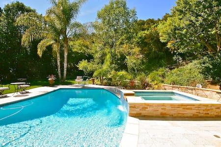 Resort style living Hollywood Hills Encino Bel Air - Los Angeles