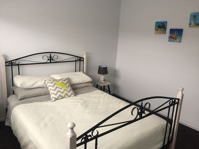 Double room in new house - Havelock North - House