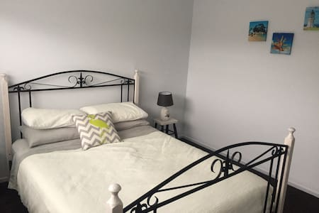 Double room in new house - Havelock North - Rumah
