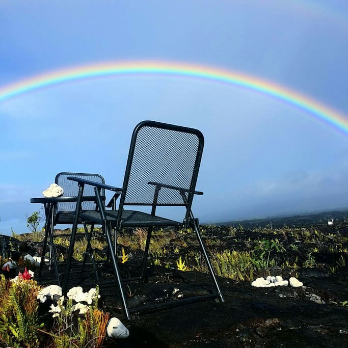 Front row seats to the most amazing sunsets, sunrises, ocean views and an active volcano!