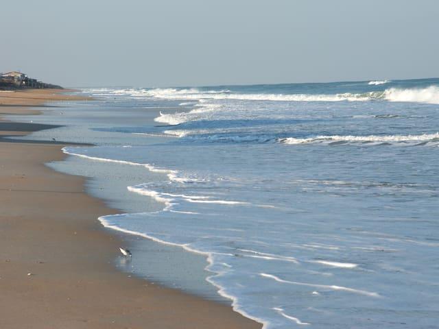 Beach Front Paradise - Flagler Beach - Condominium