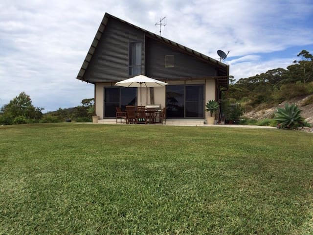 Bimini Retreat Eco Home  - Charlotte Bay - บ้าน