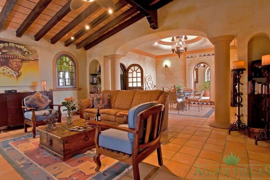 Traditional and rustic  layout in the whole house