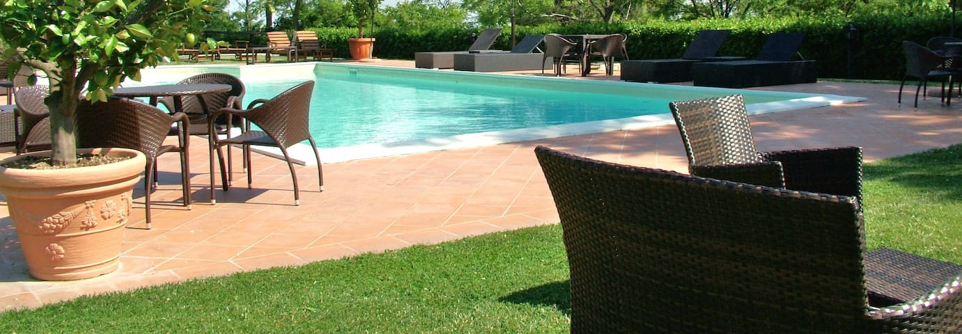 Alba Adriatica Villa +swimmig pool - Alba Adriatica  - วิลล่า
