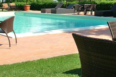 Alba Adriatica Villa con piscina - Alba Adriatica  - Villa
