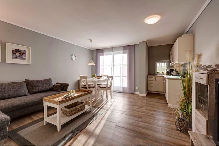 Ferienwohnung/App. für 2 Gäste mit 45m² in Büsumer Deichhausen (127215)