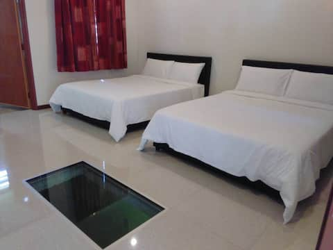 Water Chalet Sungai Lembing- Chalet 1 for 4 pax